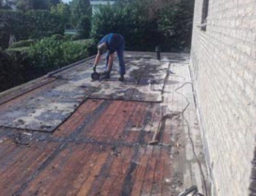 Renovatiesloop dakbedekking handmatig slopen